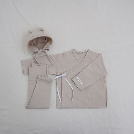 New Bebe Kimono Top with Leggings & Bonnet (White)