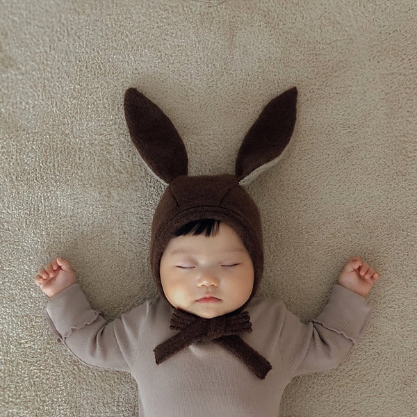 Lapin Knit Bonnet Hat (Brown)