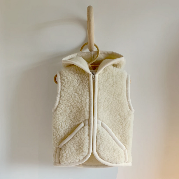 Lamy Ears Long Vest Gilet in 100% Wool (Milk)