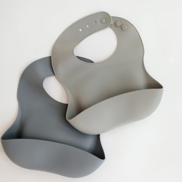 Field Day Silicone Pocket Bib (Fog Grey)
