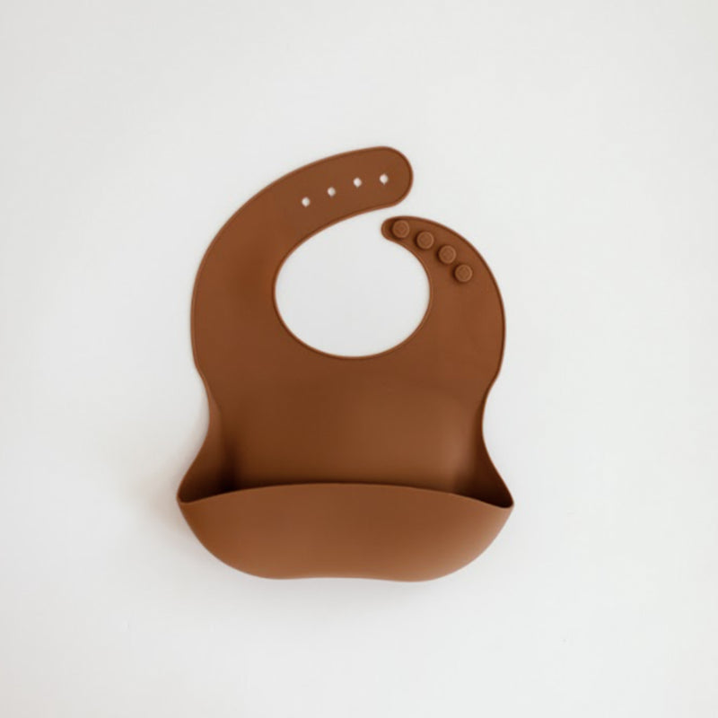 Field Day Silicone Pocket Bib (Toffee)