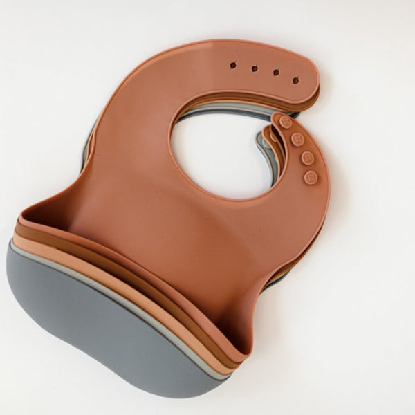 Field Day Silicone Pocket Bib (Flower Pot)