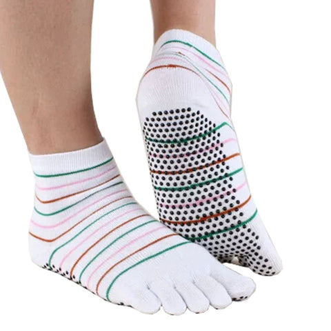 Women's Non-Slip Socks Full Toe Yoga Socks  Striped Cotton Pilates Socks,White