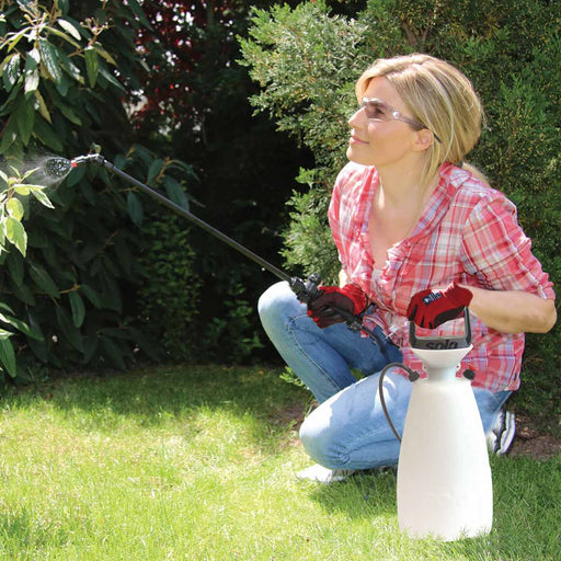 Solo 1 Gal. Home & Garden Tank Sprayer