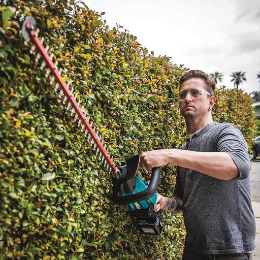 "Makita 18V LXT® Lithium-Ion Brushless Cordless 24"" Hedge Trimmer Kit (5.0Ah)"