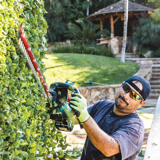 "Makita 18V LXT® Lithium-Ion Brushless Cordless 30"" Hedge Trimmer Kit (5.0Ah)"