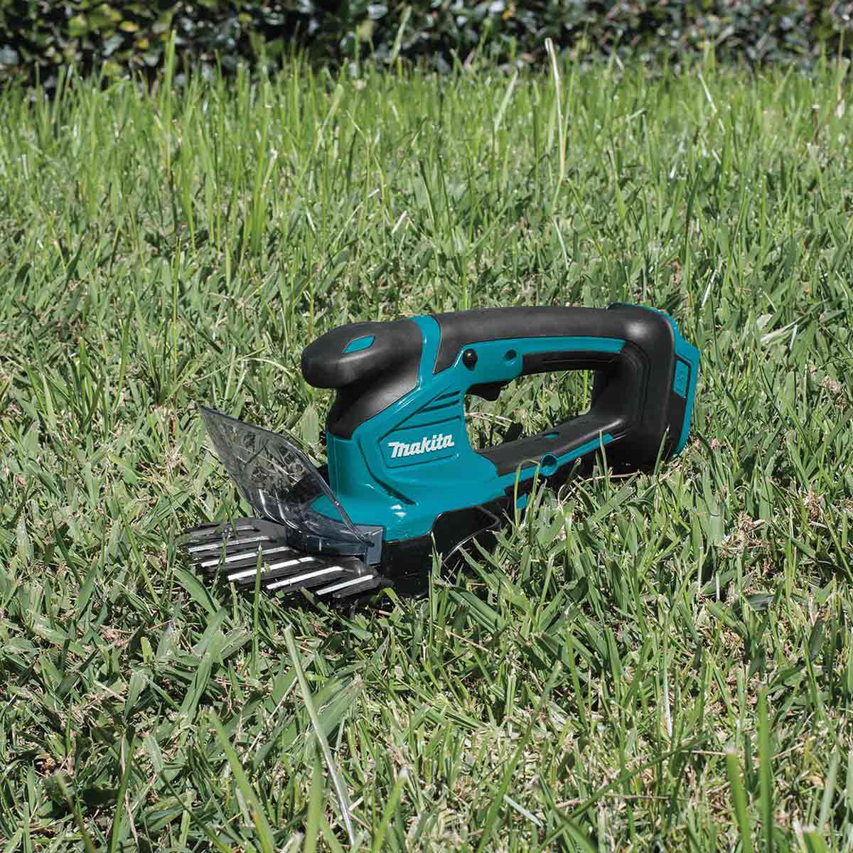Makita XMU04Z 18V LXT® Lithium-Ion Cordless Grass Shear, Tool Only