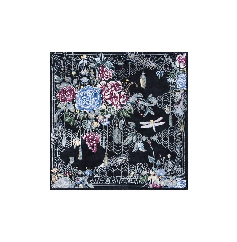 Designer rug Escape Flowers depicting a nature setting with colourful flowers and insects