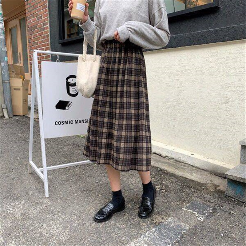 Pleated Plaid Long Skirt