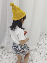 Load image into Gallery viewer, Floral White Shorts
