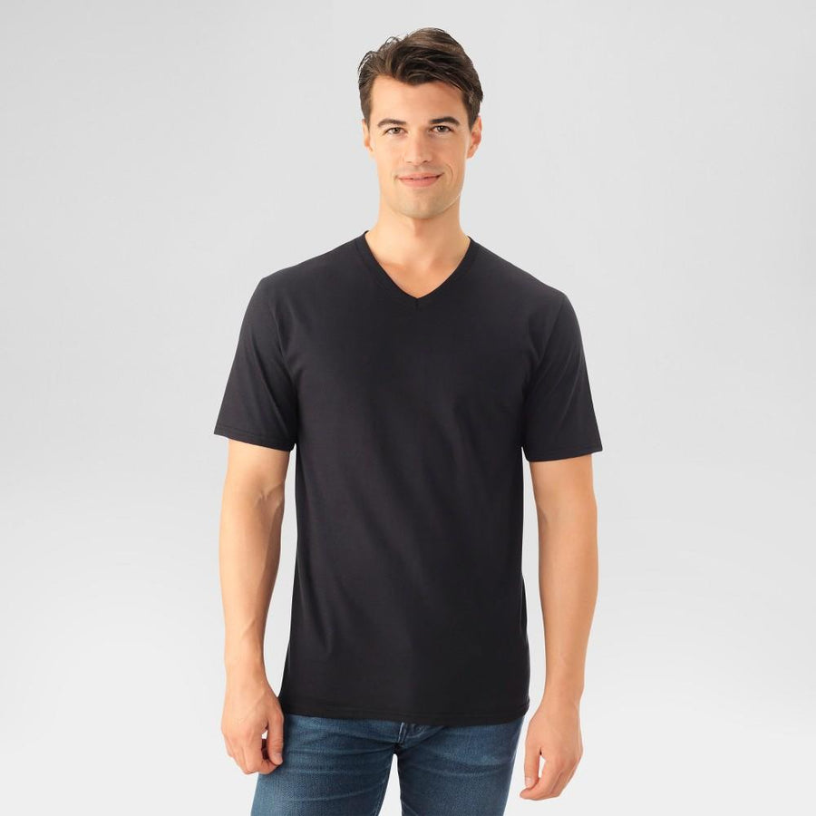 Fruit of the Loom Men's T-Shirt Select V-Neck Black