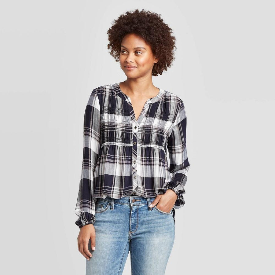 Womens Knox Rose Plaid Long Sleeve V-neck Button-down Top Blue