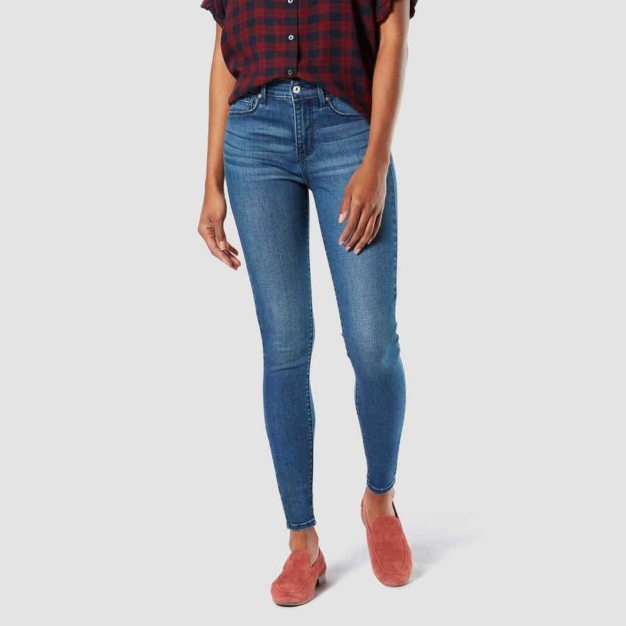 DENIZEN from Levi's Women's High-Rise Modern Super Skinny Blue Heat