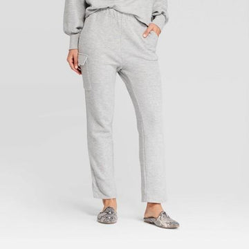 Women's Mid-Rise Straight Cozy Knit Cargo Pants - Who What Wear