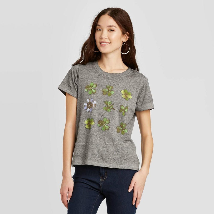 Women's St. Patrick's Day Clover Sketch Short Sleeve Graphic T-Shirt - Doe