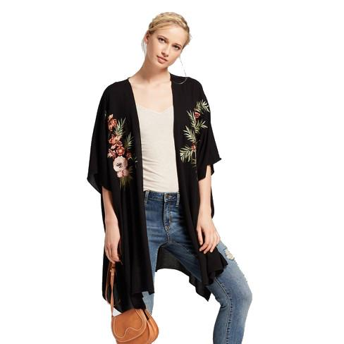 Women's Short Sleeve Embroidered Kimono - Xhilaration