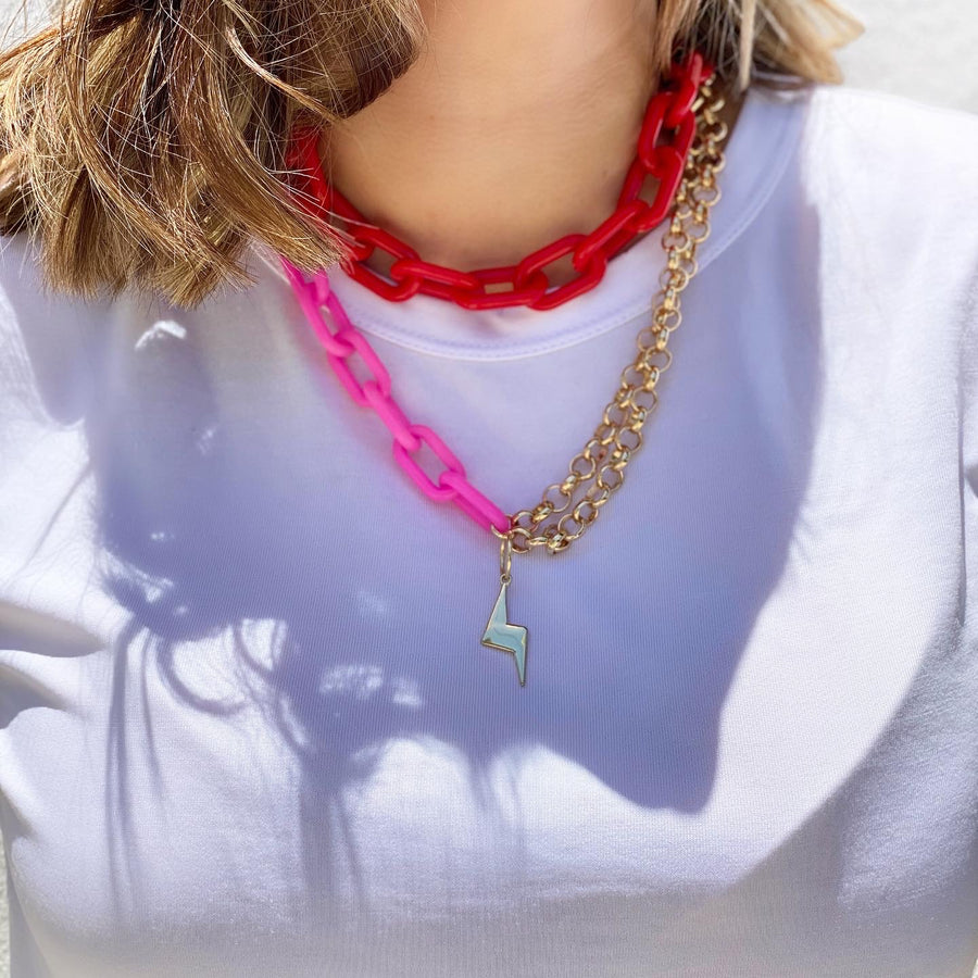 COLOR CHAIN WITH CHARM