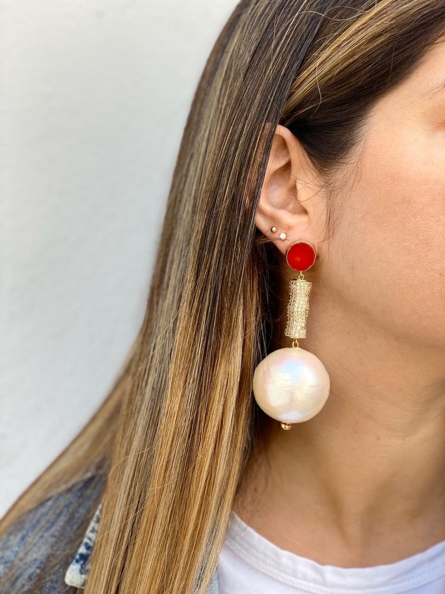 PEARLY DISCO EARRING