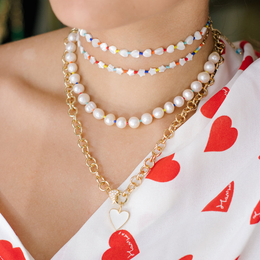 PEARL AND COLOR CHOCKERS