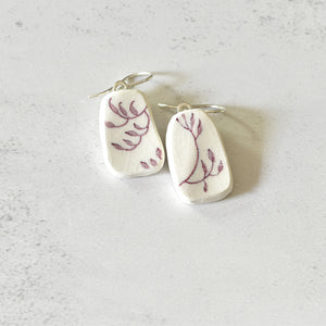 Simple Circle Sterling Silver Broken China Stud Earrings - Red and White