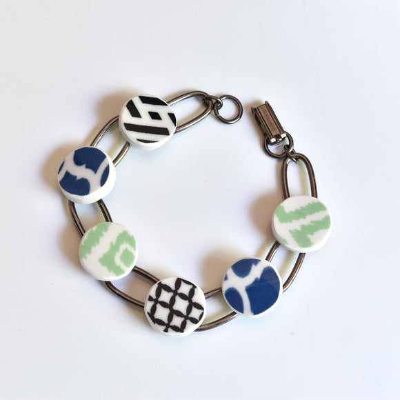 China Link Bracelet - Multicolor Pattern Bowls - Blue Green Black