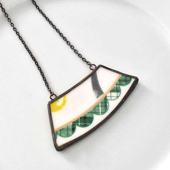 Wide Rim Broken China Jewelry Necklace  - Green and White