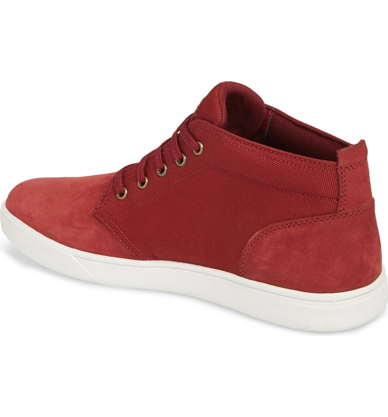 Timberland Groveton Lace to Toe Chukka Shoes