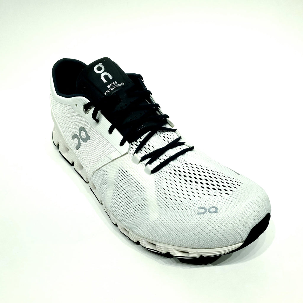 On-Running Shoes - Cloud X - White/Black