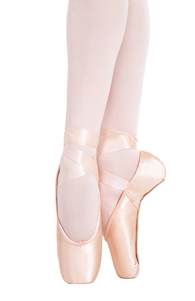 Capezio 121ES Aria Strong Shank Pointe Shoes