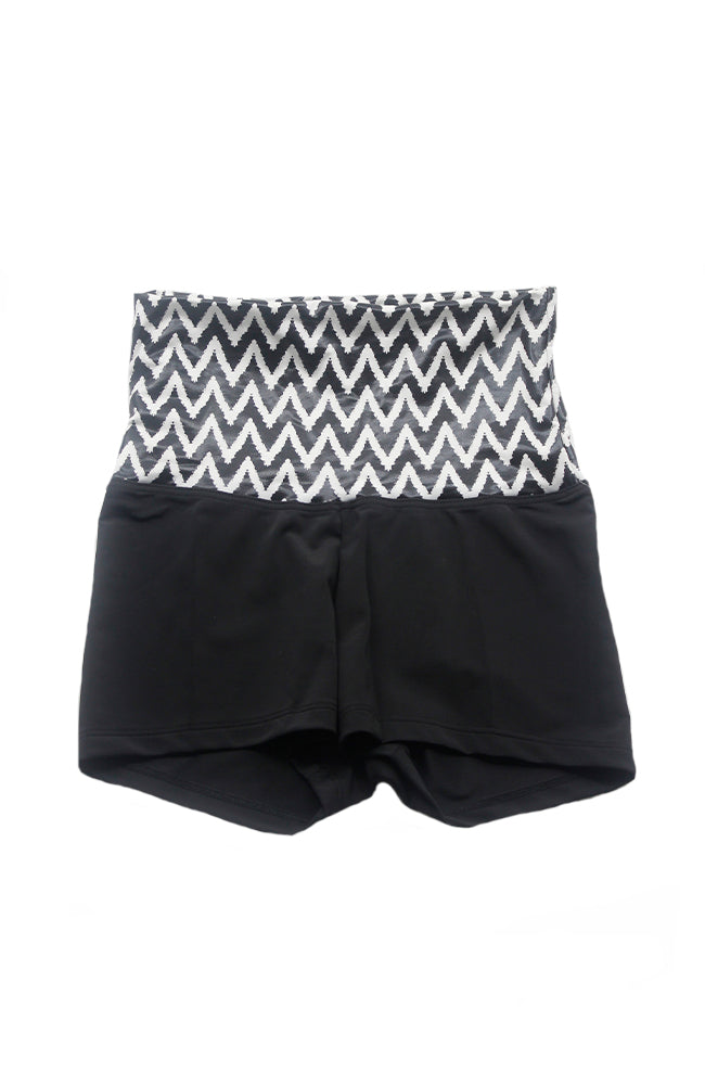 Danshuz DanzNMotion 224C Print High Waist Booty Shorts Chevron
