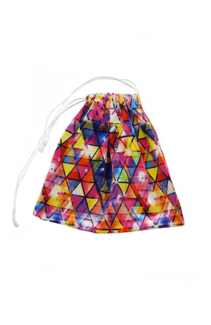 Motionwear 1062 254 Colourful Triangle Pattern Grip Bag Closed