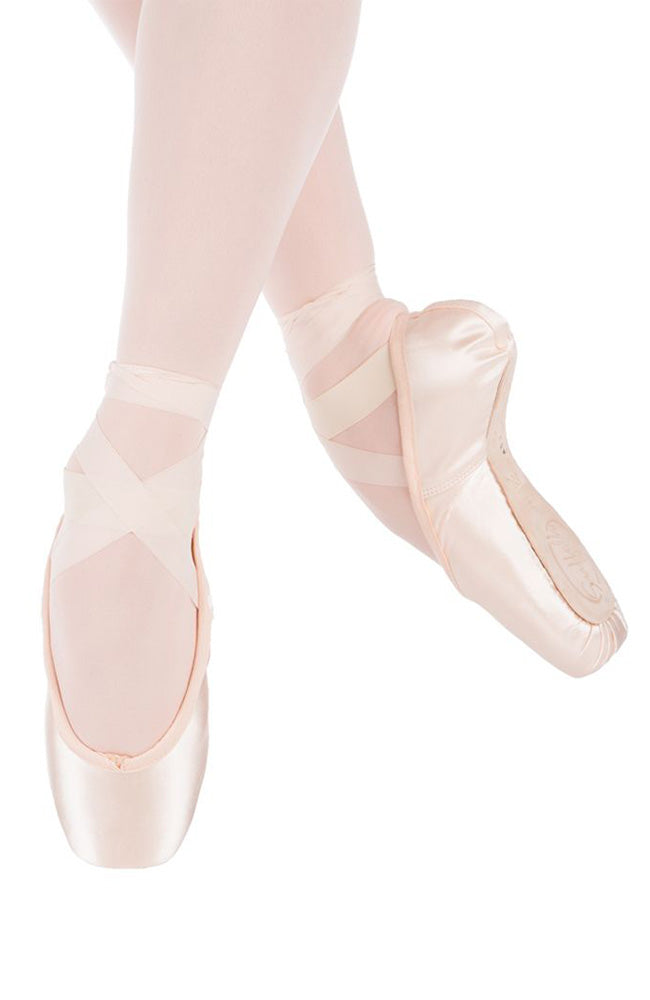 Suffolk Spotlight Pointe Shoes with Standard Shank