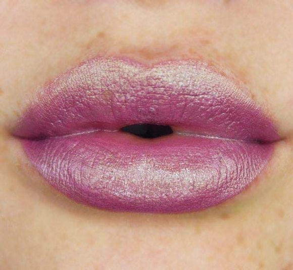 AVALANCHE - Duochrome Matte Lip Lacquer - Holiday 2018 LE