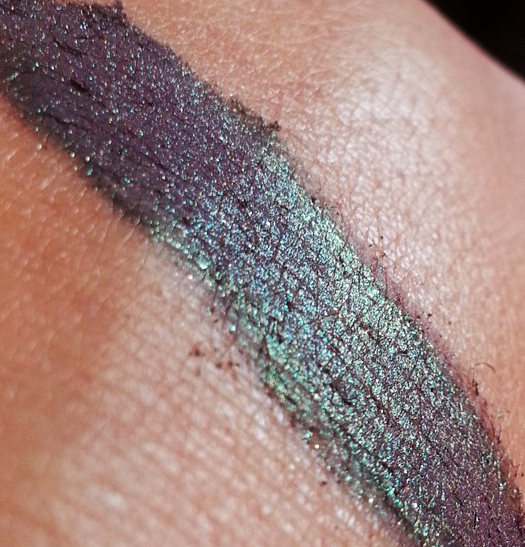 Spell Bound - eyeshadow L.E. HALLOWEEN 14