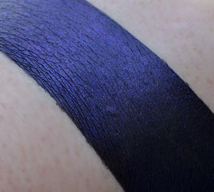 WITCHFUL THINKING - Duochrome Matte Lip Lacquer -  HALLOWEEN '19