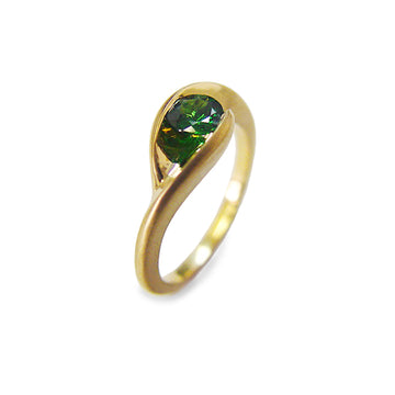 Izaskun Zabala fine jewelry custom 18K Yellow Gold with Tsavorite green stone wedding band ring
