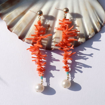 Izaskun Zabala jewelry coral y perla dangle earrings
