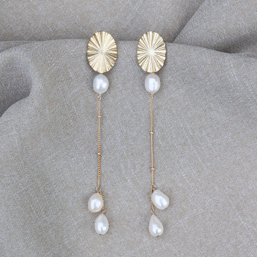 Izaskun Zabala jewelry pearls dangle earrings
