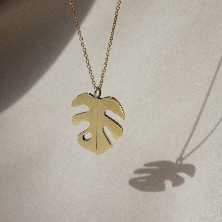 Izaskun Zabala jewelry small monstera leaf pendant necklace
