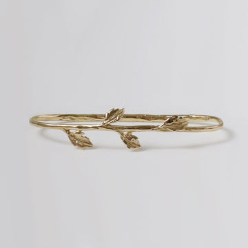 Izaskun Zabala Jewelry rose palm cuff