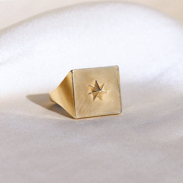 Izaskun Zabala jewelry square signet ring with seven points star
