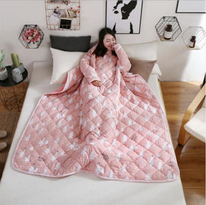Winter Lazy Quilt with Sleeves  Home Bedding 2019