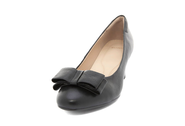 Abigail Pump With Bow