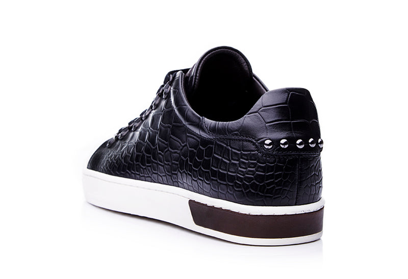Borchie Lace-up Sneakers