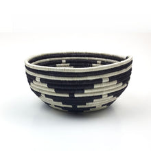 Load image into Gallery viewer, Jagged Stripe Black Catch All