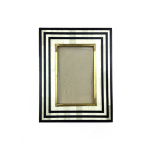 "4""x6"" Black and Gold Picture Frame"