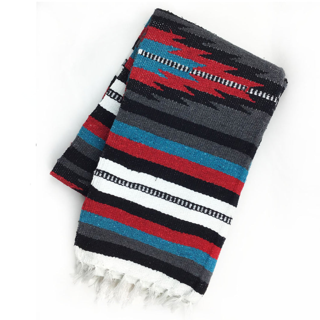BIST: XL Striped Campfire Blanket