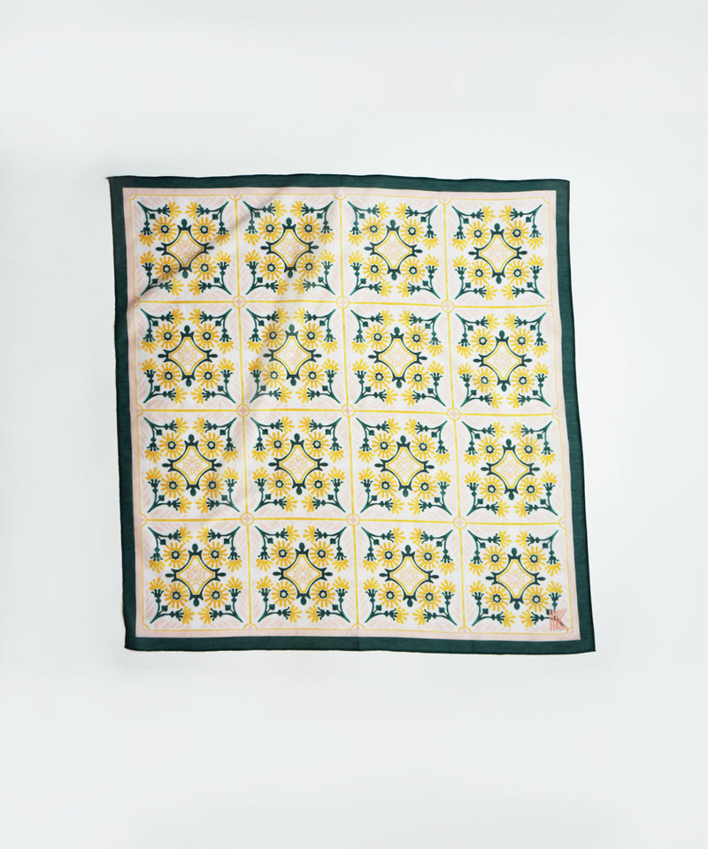 klaede-kerchief-womens-scarf-green-yellow-pattern