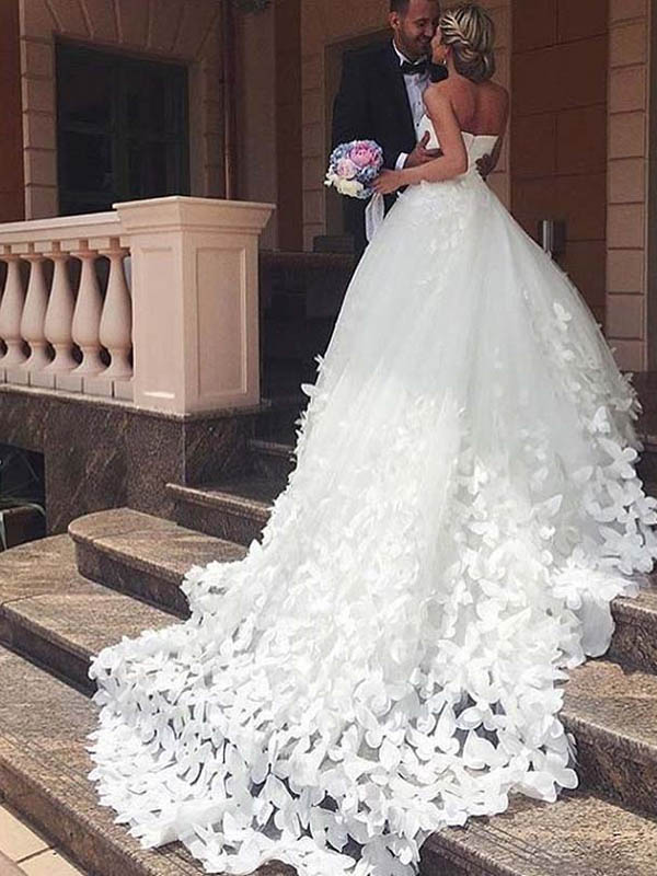 Exquisite Sweetheart Zipper Up Ball Gown Tulle Wedding Dresses With Appliques, Wedding Dresses With Trailing, PD0689