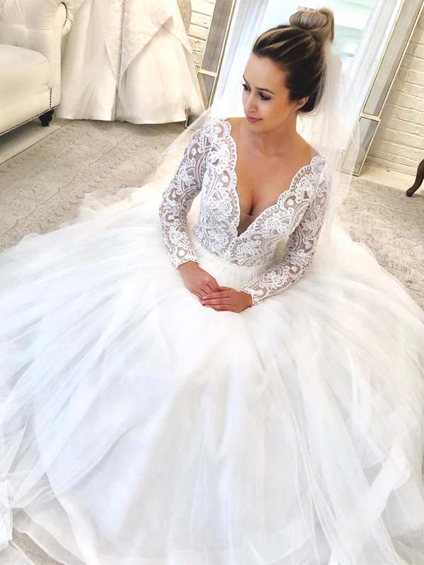 Elegant Long Sleeve Lace Top Long A Line Tulle Wedding Dresses Wedding Dresses Pd0537